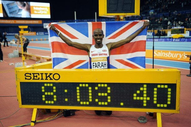 Mo Farah Breaks the World Record for 2 Miles (inc race itself)!
